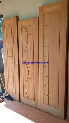 House Main Door Design, Flush Door Design, Single Door Design, Wooden Front Door Design, Pooja Room Door Design, Wooden Front Doors, Door Design Interior, Bungalow House Design, Modern Windows And Doors