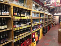 400 m2 bierplezier!!  Grootste bierwinkel van Nederland. Bier,bier en nog meer bier!! The biggest beershop of the Netherlands!!