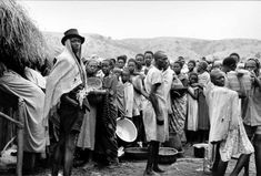 UNHCR, the UN Refugee Agency, is a global organisation dedicated to saving lives and protecting the rights of refugees, forcibly displaced communities and stateless people. Un Refugee, Refugee Crisis, African Life, African States, The Last Time, Photo Archive, World War Two, Uganda, Old Photos