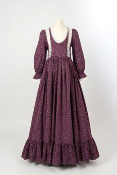"""1974 -Pink on Aubergine cotton print dress by Laura Ashley """"Friday treat as promised! Pink on Aubergine cotton print dress by Laura Ashley, ca. Muslim Fashion, Hijab Fashion, Fashion Dresses, Retro Fashion, Girl Fashion, Vintage Fashion, Fashion Design, Laura Ashley Fashion, Vintage Dresses"""