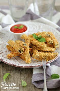 Foto Bastoncini croccanti di melanzane e parmigiano (non fritti)