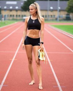 Sporty Girls, Gym Girls, Fitness Models, Beautiful Athletes, Athletic Girls, Hot Cheerleaders, Sport Body, Track And Field, Female Athletes