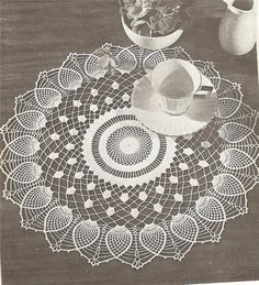 Home Decor Crochet Patterns Part 77 - Beautiful Crochet Patterns and Knitting Patterns Crochet Doily Patterns, Crochet Art, Lace Patterns, Filet Crochet, Crochet Doilies, Crochet Motif, Knitting Patterns, Knitting Projects, Crochet Projects