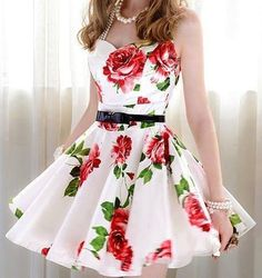 2013 white dress with red roses.  I wish, I have this one.  Look at the jewellery. Pearls are perfect match.
