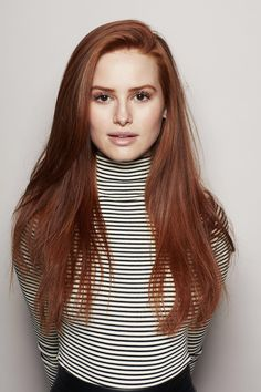 Red or Pink Hair Color Tones - Trendfrisuren Frank, akkurater Mittelscheitel Madelaine Petsch, Red Hair Celebrities, Celebs, Female Celebrities, Beautiful Celebrities, Hair Color Pink, Pink Hair, Blonde Hair, Hair Colors