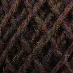 Color: elm. (Brown with red, yellow, and blue).