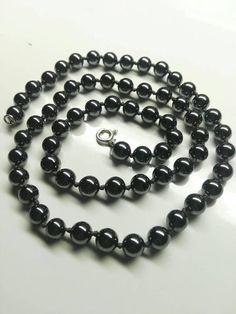 Hematite. Necklace. Gems. Craftwork. Silver sterling. Wire