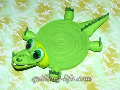 Coasters for drinks Green crocodile Stand for the от QuillingLife Quilling Flowers, Paper Quilling, Paper Flowers, Quilling Ideas, Modular Origami, 3d Origami, Diy Paper, Paper Art, Paper Crafts