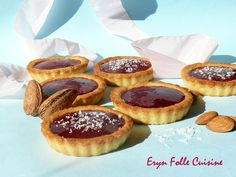 Biscuits-Tartelettes Amandes & Framboises - Eryn et sa folle cuisine Biscuits, Molten Lava Cakes, Raspberry, Almond, Cheesecake, Sweets, Baking, Fruit, Breakfast
