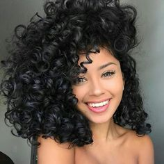 82 fantastic hairstyle tutorials for naturally curly hair - Hairstyles Trends Short Curly Wigs, Kinky Curly Wigs, Curly Hair Styles, Natural Hair Styles, 100 Human Hair, Big Hair, Pretty Hairstyles, Wedding Hairstyles, Big Curly Hairstyles