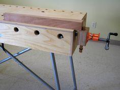 Rustic Furniture Design Idee - Log Homes & Farmhouse Rustic Furniture, Furniture Design, Mobile Workbench, Reloading Bench, Rustic Cabinets, Workbench Plans, Log Homes, Decoration, Wine Rack