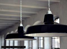 Hängelampen - Fabriklampe schwarz 41cm Emaille Lampe Lamp Enamel - ein Designerstück von 10kgdesign bei DaWanda