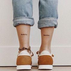 Blumen zeichnen - Top 500 Best Tattoo Ideas And Designs For Men and Women Little Tattoos, Mini Tattoos, Cute Tattoos, Body Art Tattoos, Tattoos For Women Small, Small Tattoos, Female Tattoos Small, Ankle Tattoos For Women, Dainty Tattoos