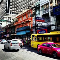 Charoen Krung Road - one of the earliest roads constructed with Western techniques. http://www.aspirantsg.com/foodie-food/historical-bangrak-food-cultural-tour-part-1/singapore