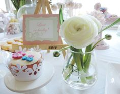 Vanilla bean cupcake with beautiful marzipan flowers. Perfect for spring Candy Bar.