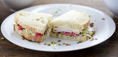 Mediterrean Turkey Sandwich -  Take a lunchtime trip to the Mediterranean with a fresh take on classic ingredients! Click for recipe!