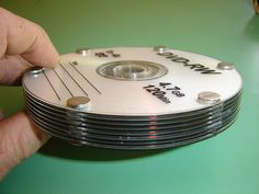 Build a real working turbine from recycled CD's! This Tesla CD Turbine is based on the Tesla turbine, which was invented by Nikola Tesla in the early . Tesla Generator, Power Generator, Tesla Turbine, Tesla Free Energy, Tesla Inventions, Alternative Energie, Recycled Cds, Water Turbine, Nicolas Tesla