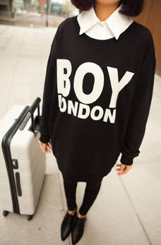 Special Wild wave of European and American women into the BOY London loose large yards hedging sweater girl 2