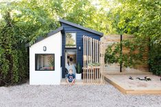 garten vintage The Little Merc Modern Playhouse Reveal and Sherwins 2020 Color of the Year Vintage Revivals Modern Playhouse, Playhouse Outdoor, Diy Playhouse, Childrens Playhouse, Backyard Playhouse, Kids Outdoor Play, Backyard For Kids, Backyard House, Backyard Ideas
