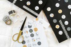 Adventskalender mit Schokolade wird zu einem Countdown Kalender. DIY mit etwas Farbe, Washi Tape und persönlichen Botschaften. Zum Geburtstag oder im Advent