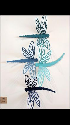 Dragonfly Silhouette, Flower Silhouette, 3d Paper Crafts, Diy Arts And Crafts, Diy Paper, Paper Art, All You Need Is, Mobiles, Dragonfly Wings