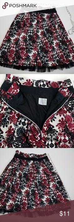 Worthington Womens Skirt Size 6 PLEATED Red Black Worthington Womens Skirt Size 6 PLEATED Red Black White Lined Lace Trim - P7 Worthington Skirts