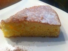 Der schnelle Zitronenkuchen ist ein tolles Rezept wenn man unerwartet Besuch bekommt. Er ist schnell und einfach zuzubereiten.