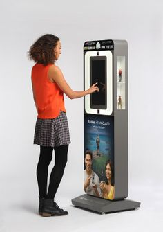 Become Your Favorite Character With 3D Systems' New Next Generation 3DMe Photobooth