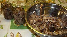 Nakládání hub bez sterilizace – Hlaváčkova sbírka receptů Korn, Stuffed Mushrooms, Food And Drink, Canning, Vegetables, Stuff Mushrooms, Vegetable Recipes, Home Canning, Veggies
