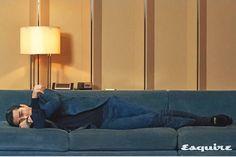 #차승원#Cha Seung Won#チャスンウォン #車勝元 Cha Seung Won, Sofa, Couch, Furniture, Home Decor, Settee, Settee, Decoration Home, Room Decor
