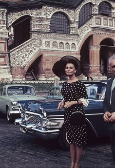 "lanakapriznaya: ""Sophia Loren on Red Square. """