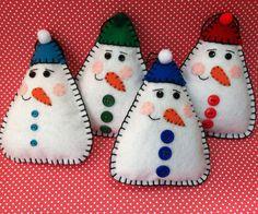 Muñeco de nieve fieltro muñeca/ornamento por patsfabriccreations