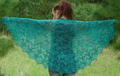 Ravelry: Christmas Lights Shawl pattern by Bronwyn Parry