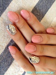 Gradation of pale pink nail art hologram chock    ホログラムぎっしりの淡いピンクのグラデーションネイル