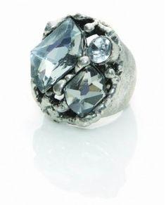 Design Six Silver Lisle Ring xxx Modern Fashion, Silver Rings, Women Jewelry, Gemstones, Design, Gems, Gem, Mod Fashion