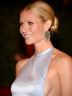 8 Haute Holiday Hairstyles - Gwyneth Paltrow #holiday #hair