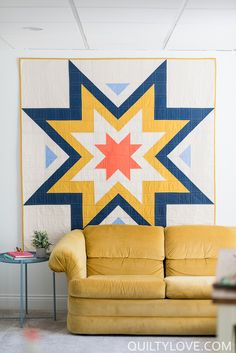 Expanding Stars quilt pattern is a bold and modern graphic quilt pattern for the modern quilter. Beginner friendly quilt pattern is fast and easy.