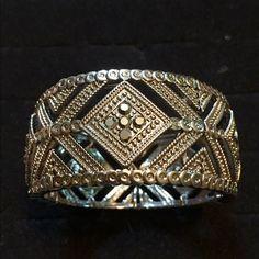 Sequins Bracelet Hematite stretch bracelet. Premier Designs Jewelry Bracelets