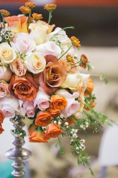 Kalata also recommends waxflowers, which have similarly-small blooms to lily of the valley. They're quite the affordable, hardy alternative that work especially well inboutonniéres or as accents in bouquets. Some floral trivia: Waxflowers get their name from the waxy feel of their petals.
