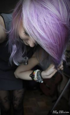 Purple hair - who can do this to me, for me