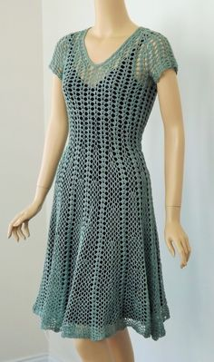 CGOA 2014 Design Competition: Showing YOU the Crochet | Doris Chan Crochet - Seashell Dress, designed by Linda Jefferies