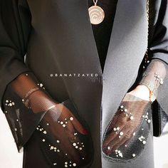 New Fashion Design Clothes Dresses Inspiration Ideas Arab Fashion, Fashion Week, Look Fashion, Fashion Details, Diy Fashion, Runway Fashion, Ideias Fashion, Fashion Outfits, Womens Fashion