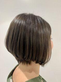 前下がりグラボブ☆kimura Short Hair Styles, Beauty, Women, Fashion, Bob Styles, Moda, Women's, Fashion Styles, Short Hairstyle