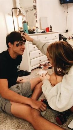 Looking for some cute Couple Goals Pics. Here are some Romantic Couple Goals Pics that'll inspire you and your relationship in Cute Couples Photos, Cute Couple Pictures, Cute Couples Goals, Romantic Couples, Couple Photos, Adorable Couples, Teen Couples, Romantic Photos, Couple Goals Relationships