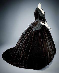 660 Ideas De Carmen Vestidos De época Ropa De época Vestidos De Novia