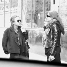 Mary-Kate and Ashley close to The Row's offices in NYC, December 16