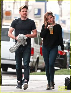 Sophia Bush Dines with Co-Star Jesse Lee Soffer Before New 'Chicago P.D.' Episode Airing | sophia bush guy pal chicago pd episode 02 - Photo...