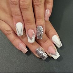 Glitter Nail Art Designs for Shiny & Sparkly Nails Silver Glitter Nails, Glitter Nail Art, Cute Acrylic Nails, Cute Nails, White Sparkly Nails, White And Silver Nails, Silver Nail Art, White Glitter, Hair And Nails