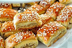 Yemek Aşkına! Bagel, Hamburger, French Toast, Food And Drink, Bread, Dishes, Breakfast, Pizza, Essen