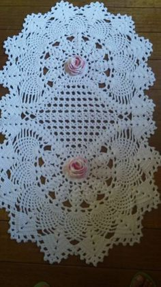 This Pin was discovered by Sil Crochet Doily Patterns, Crochet Quilt, Crochet Chart, Love Crochet, Crochet Gifts, Crochet Designs, Crochet Doilies, Crochet Flowers, Crochet Stitches